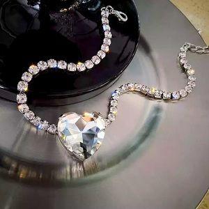 Gorgeous Big Heart Crystal Rhinestone Choker